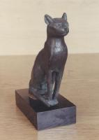 Sitzende Katze aus Bronze, Ägyptisches Museum Bonn