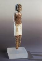 Stehende männliche Figur, Holz mit Resten der Originalbemalung,  Mittleres Reich um 1700 v. Chr.
